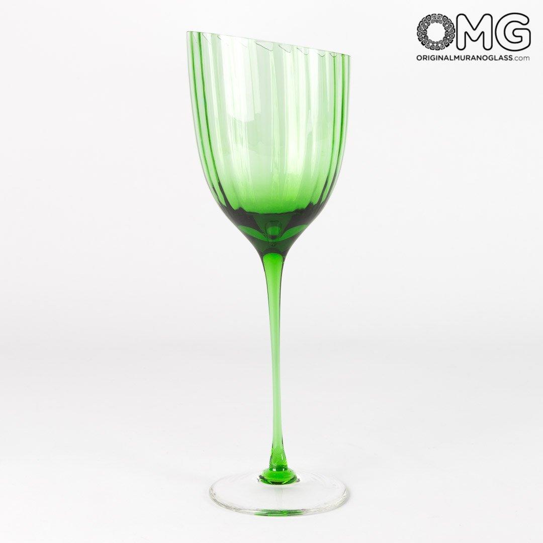 Drinking Glass Still Wine Set - Twisted