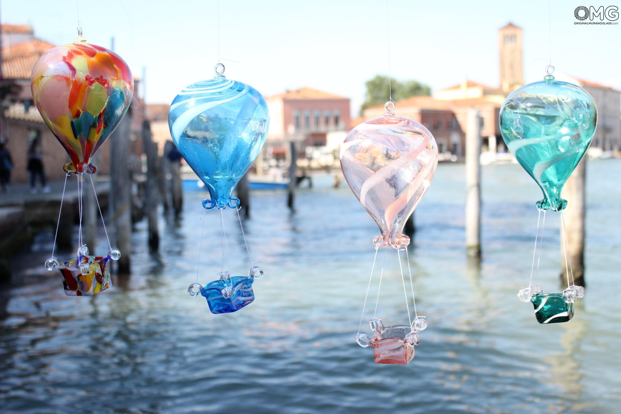 Hot Air Balloon in Original Murano Glass OMG - to hang as decoration - Blue