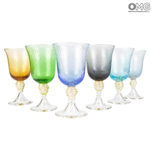 drinking_glass_chalice_twisted_low_set_multicolor_murano_glass