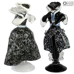 goldonian_figurine_murano_glass_black_1