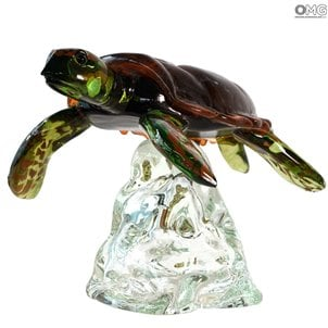 realistic_turtle_on_base_murano_glass_1